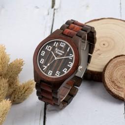 GreenTime Holzuhr Aaron - Herren Armbanduhr aus schwarzem & rotem Sandelholz